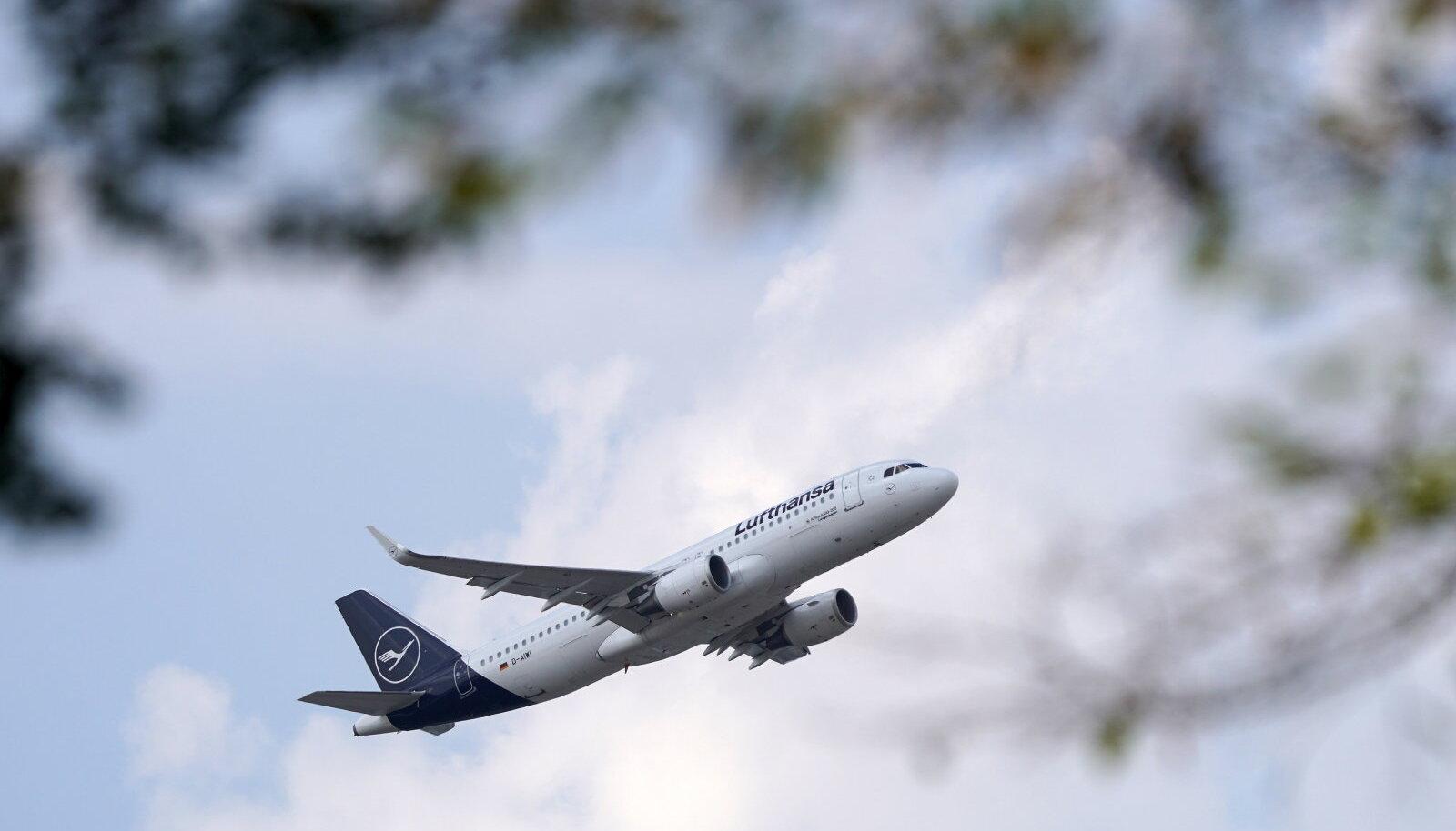 Lufthansa lennuk