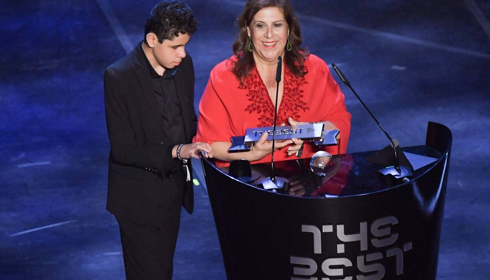Николас и Сильвия на вручении награды FIFA The Best