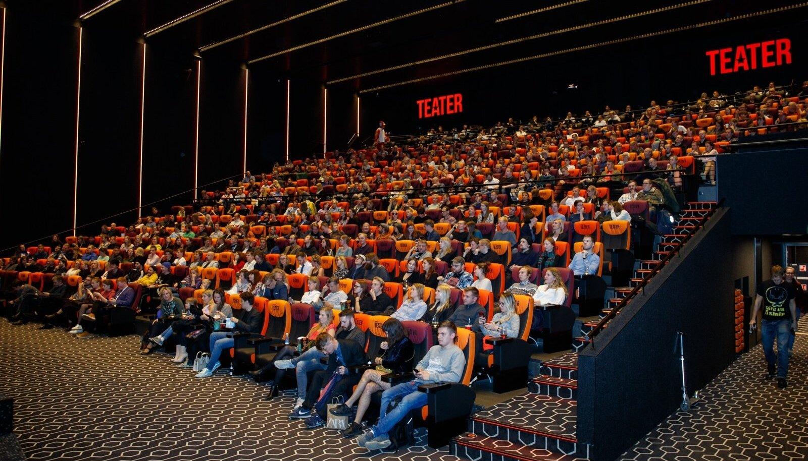 Vanamehe filmi esilinastus Ülemiste Apollo kinos.