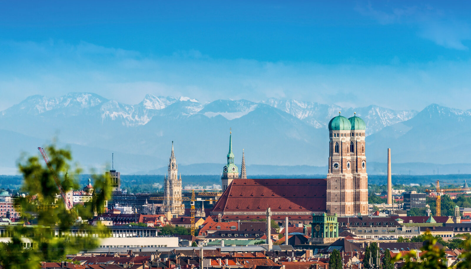 München Alpide taustal