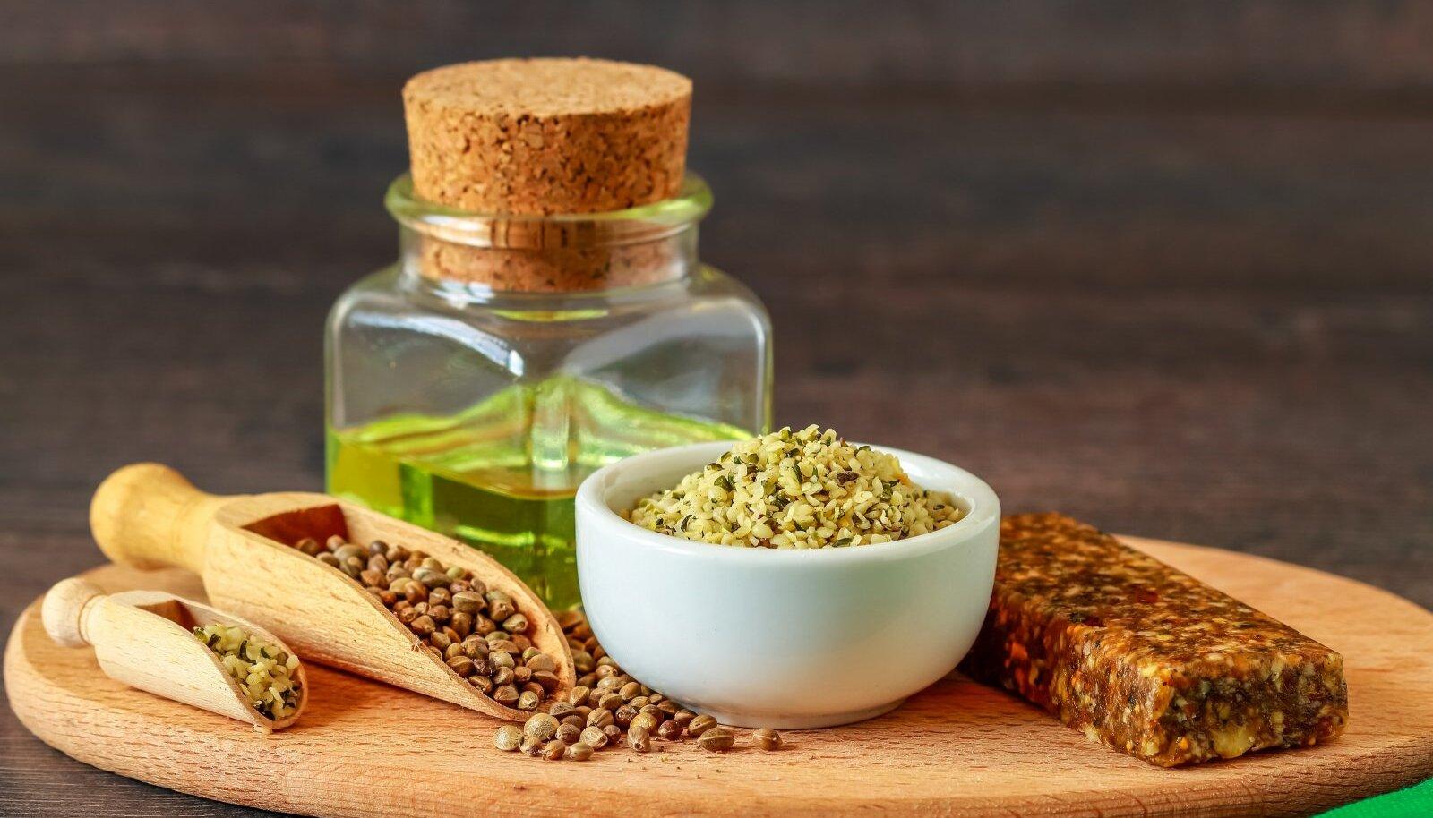 Kooritud ja koorimata kanepiseemned ja kanepiõli rikastavad toidulauda.