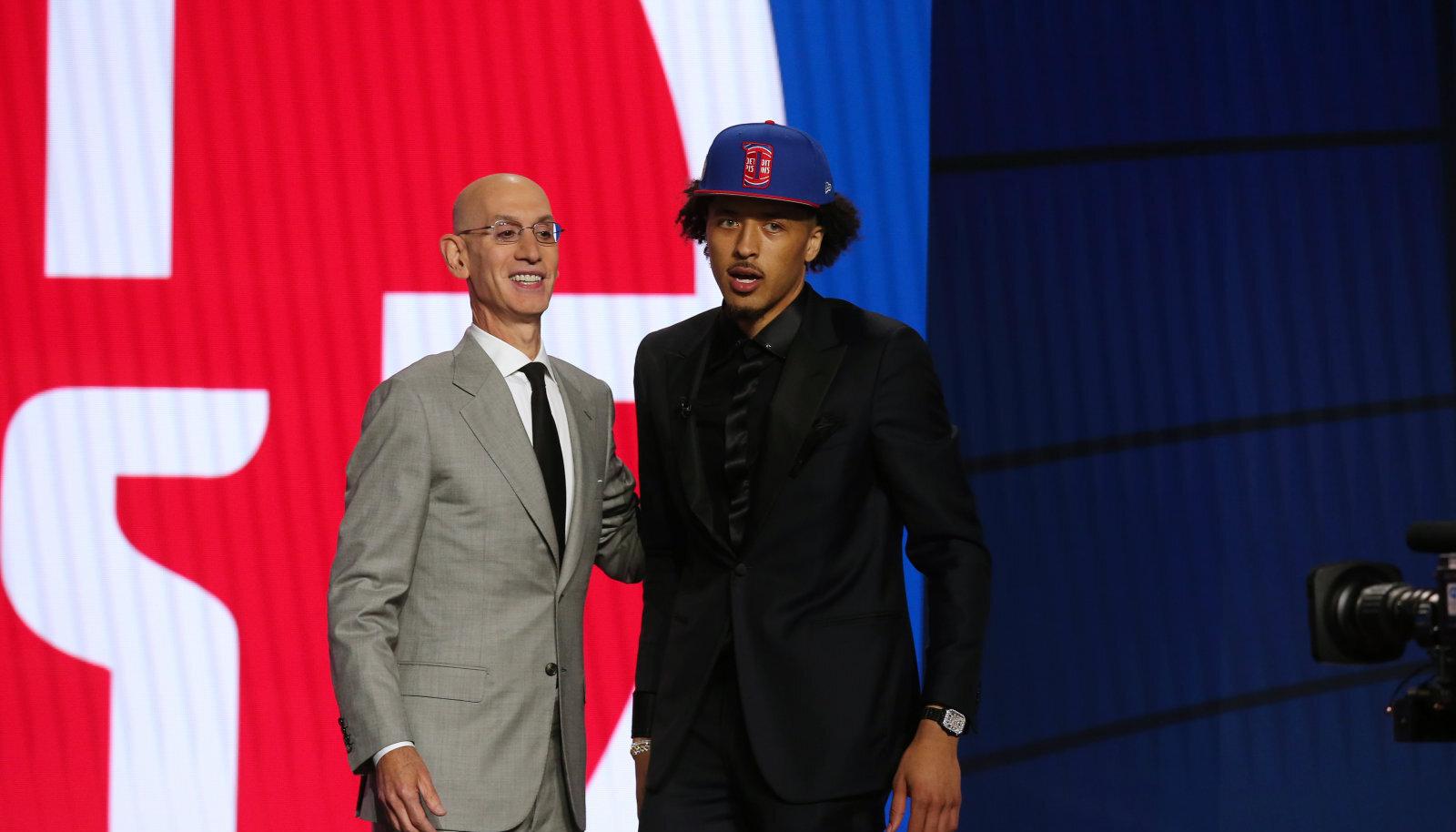 NBA drafti esimene valik Cade Cunningham (paremal).