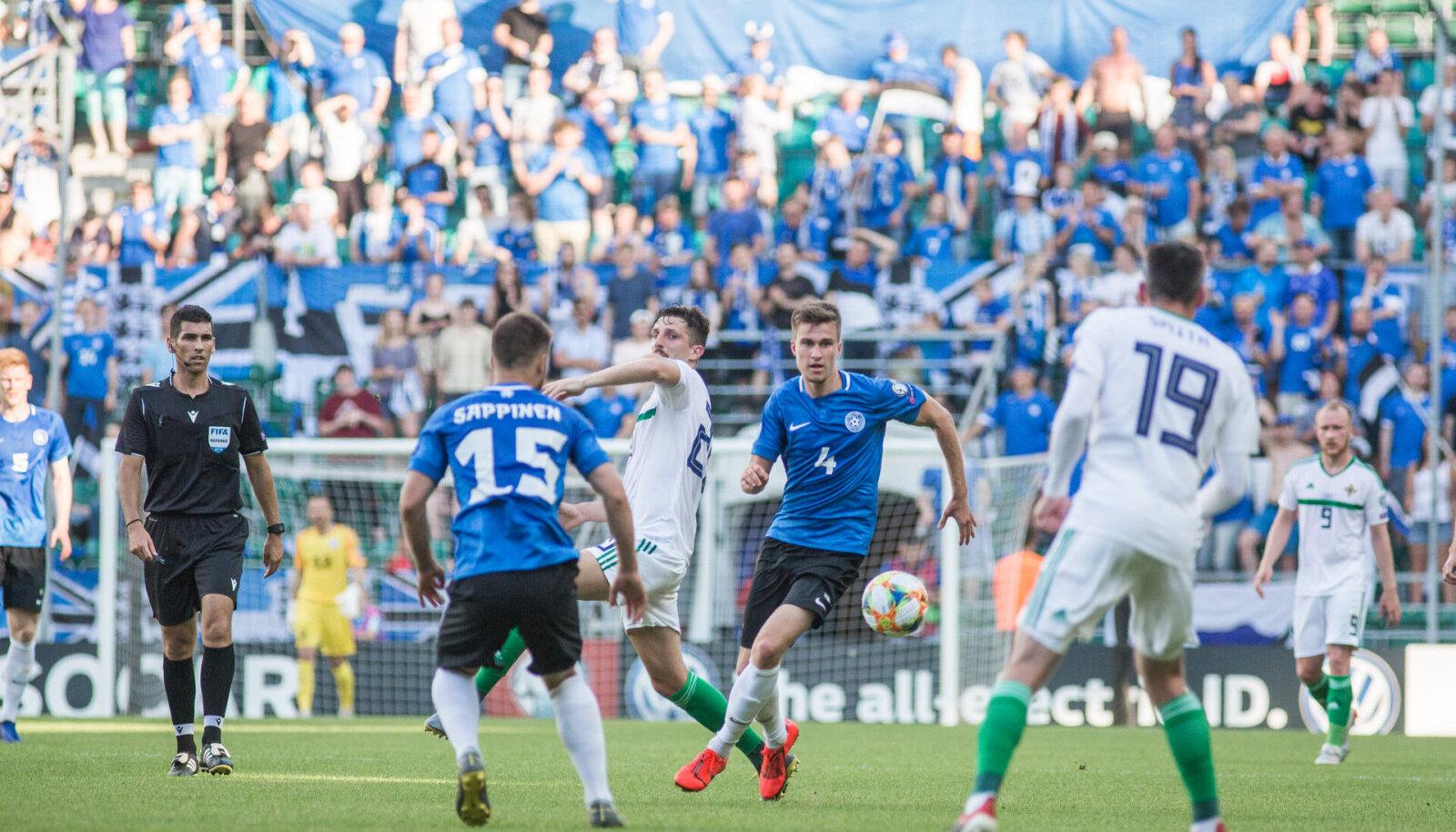 Eesti ja Põhja-Iirimaa jalgpall