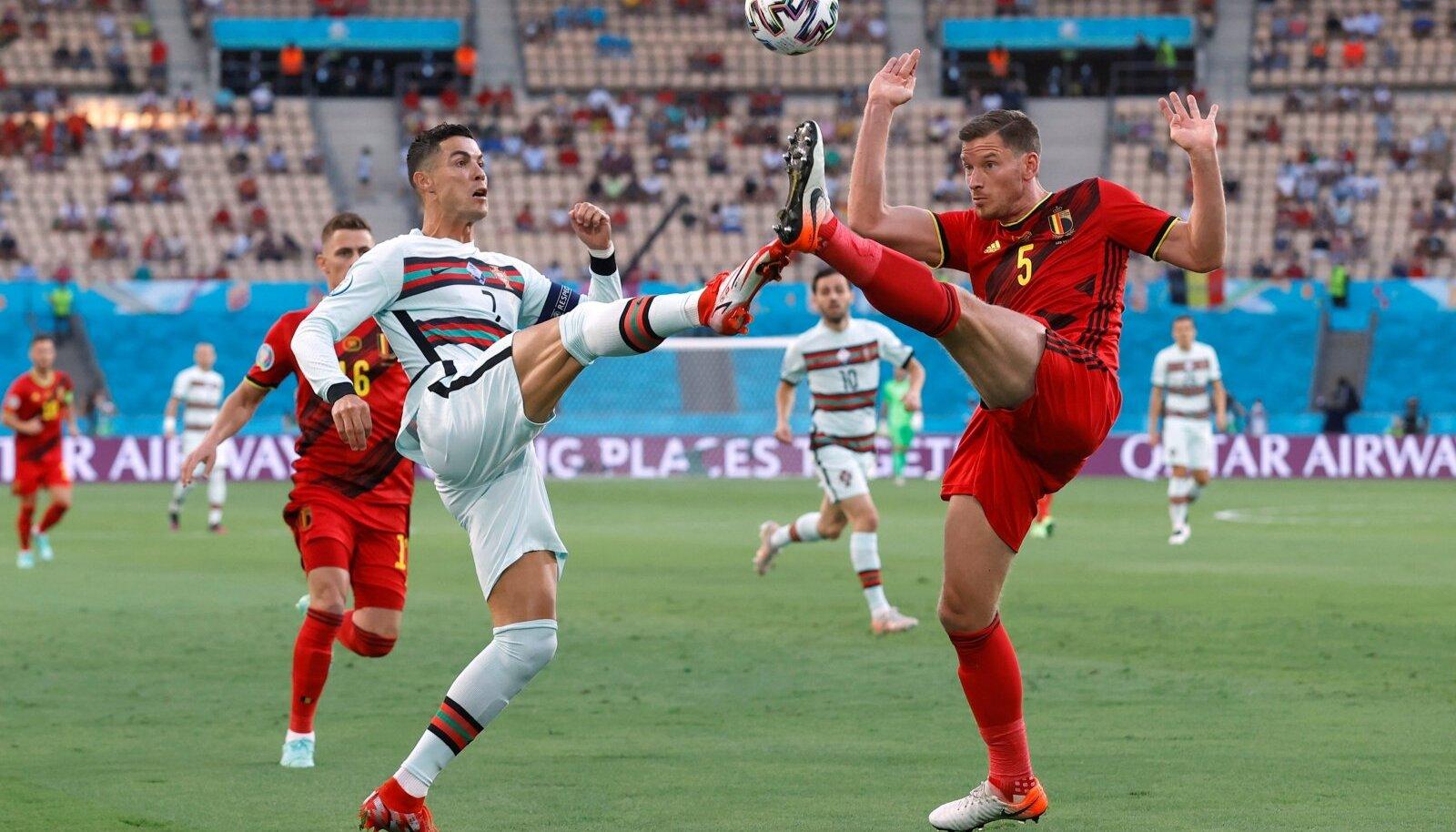 Belgia (punases) oli Portugalist napilt parem ja pääses veerandfinaali.