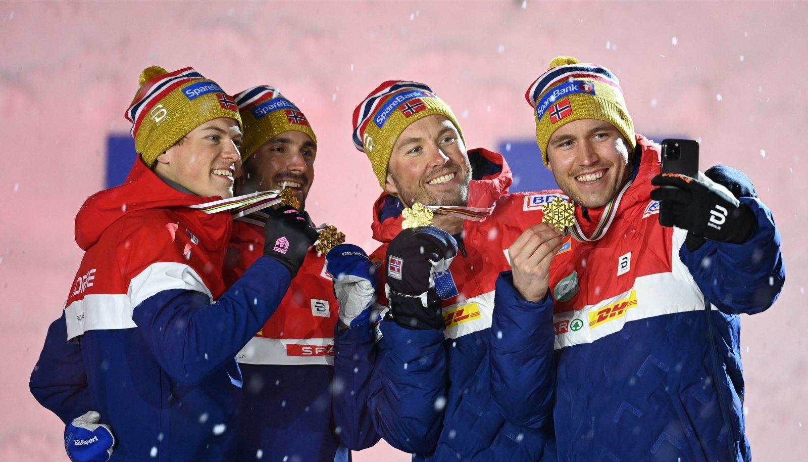 Norra mehed domineerivad suusamaailma peaaegu täielikult. Ainsana suudab neile konkurentsi pakkuda venelane Aleksandr Bolšunov.