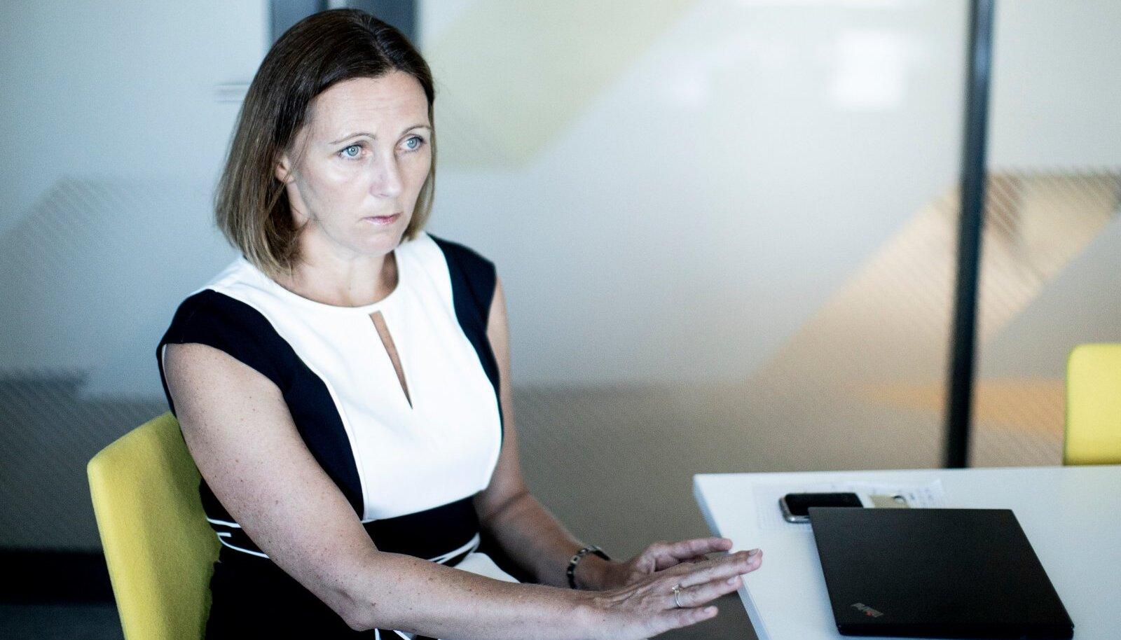 Sotsiaalministeeriumi asekantsler Maris Jesse ütleb, et üks Eesti kehva kaitsepookimise tempo põhjus peitub asjaolus, et loodeti liigselt AstraZeneca vaktsiinidele.