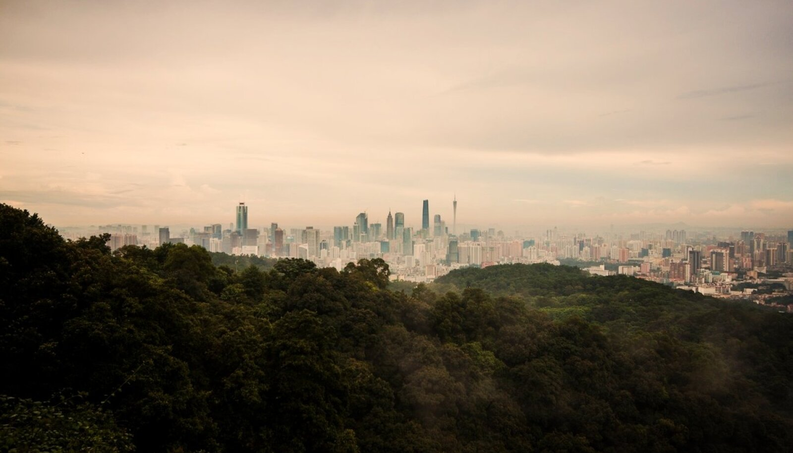 Vaade Guangzhou linnale (Foto: Wikimedia Commons / jo.sau)