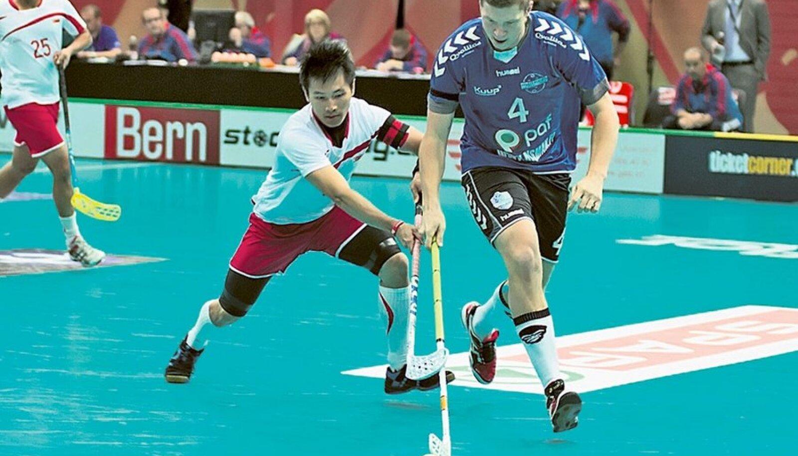 Singapurist ei olnud Eesti saalihokikoondisele vastast.Foto: www.wfc2012.ch
