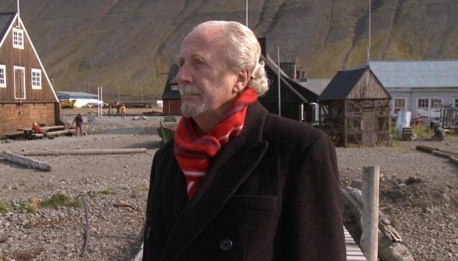 """Islandi endine välisminister Jón Baldvin Hannibalsson filmis """"Need, kes julgevad""""."""