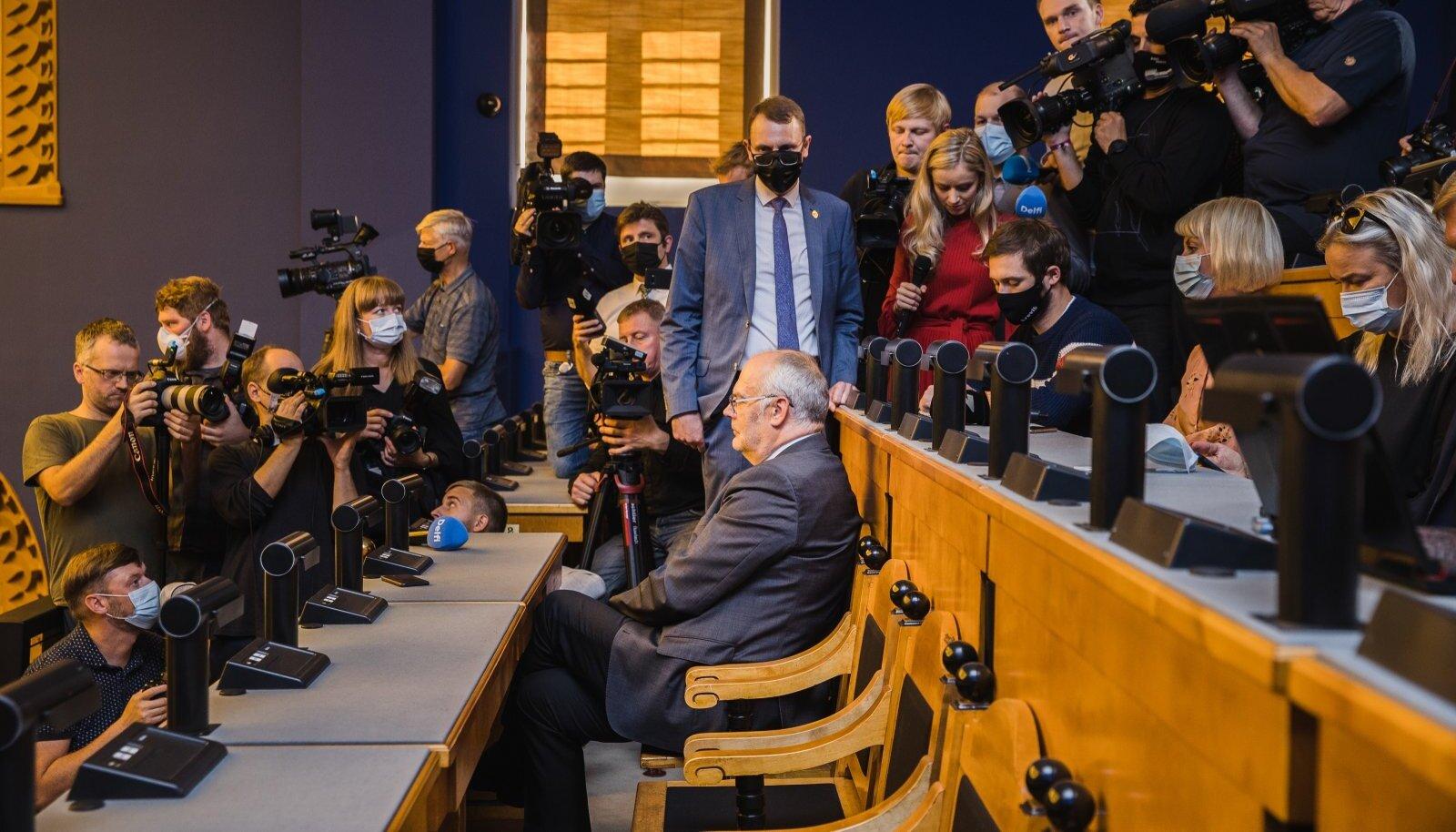 63: Alar Karisel jäi puudu viis häält, et võita presidendivalimiste esimene voor.
