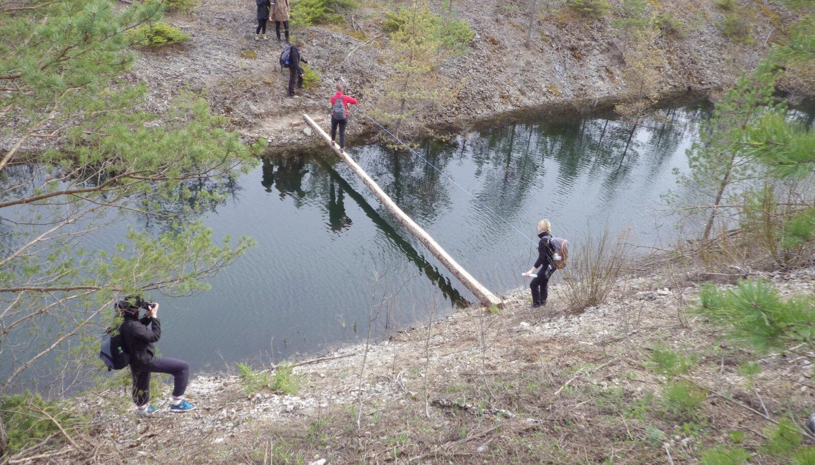 Aidu kanali ületus poomil