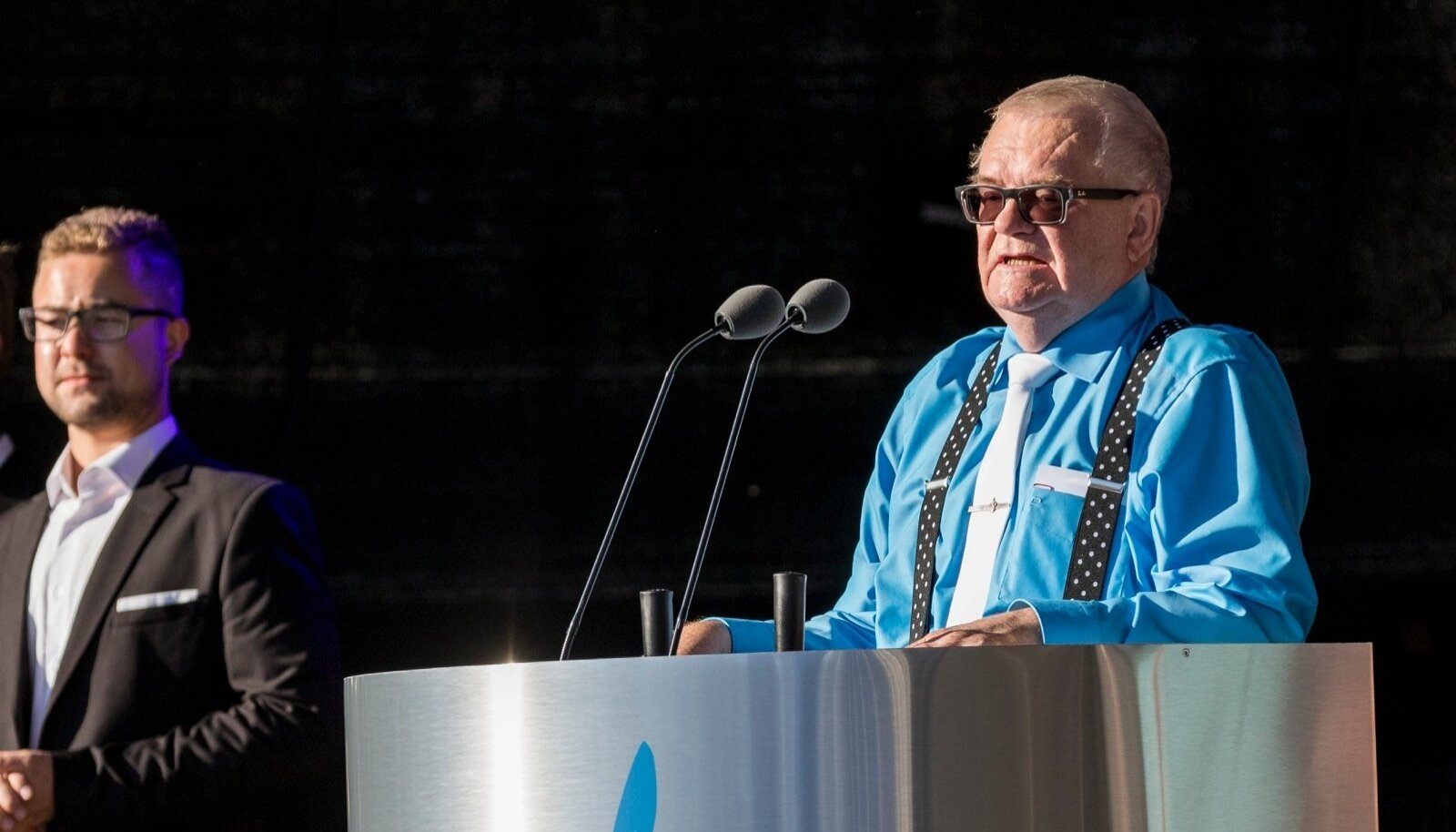 Edgar Savisaar esines kõnega Vabaduse väljaku kontserdil 20. augustil 2015
