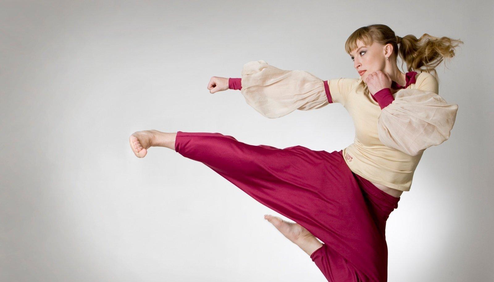 HEITLUS MITMEL RINDEL: Uzlova alustas karatest, võitis taekwondo's, rühib rahvusvähemuste eest MTÜs ja laste huvide kaitsel volikogus.