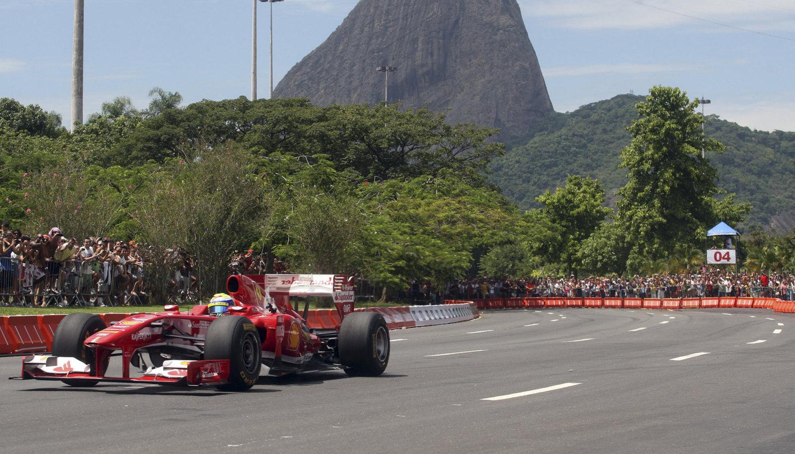 Felipe Massa 2013. aastal Rio de Janeiros demosõidul.