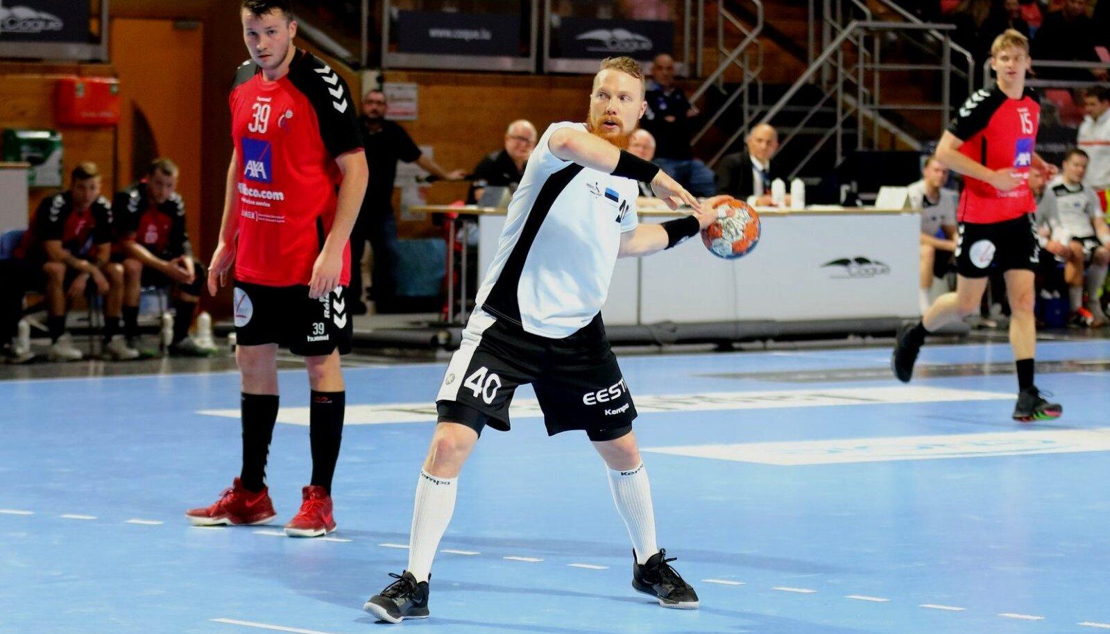 Jürgen Rooba kandis viimati Eesti koondise särki poolteist aastat tagasi Luksemburgi vastu, visates toona kahes EM-valikmängus vastase võrku 14 väravat.