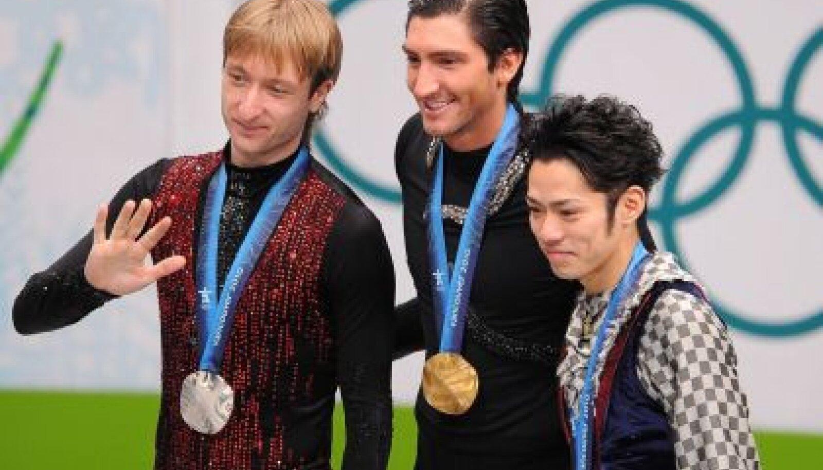 Esikolmik Pljuštšenko, Lysacek ja Takahashi