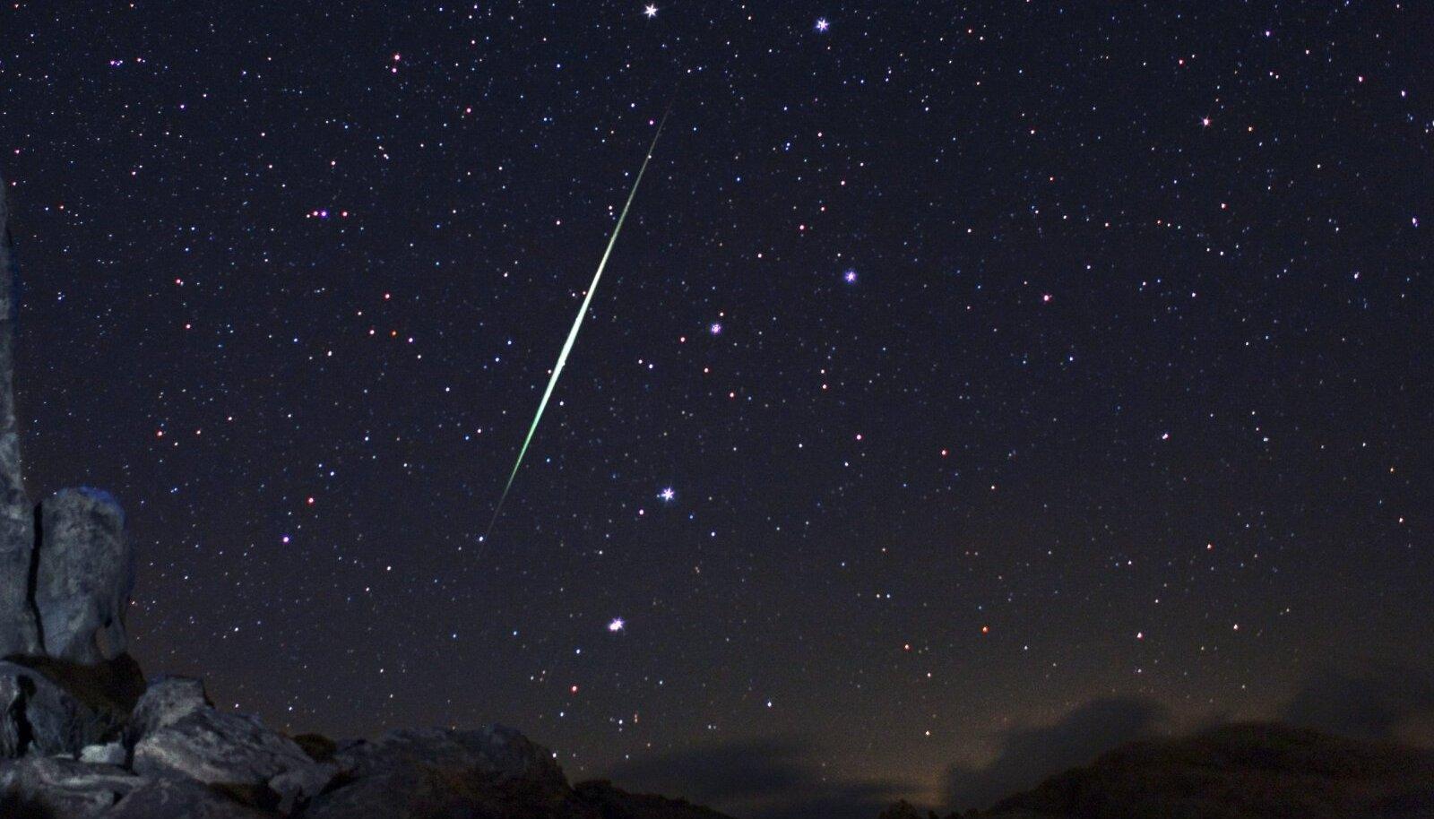 Geminiidide tähesadu Mojave kõrbe kohal 2009. a