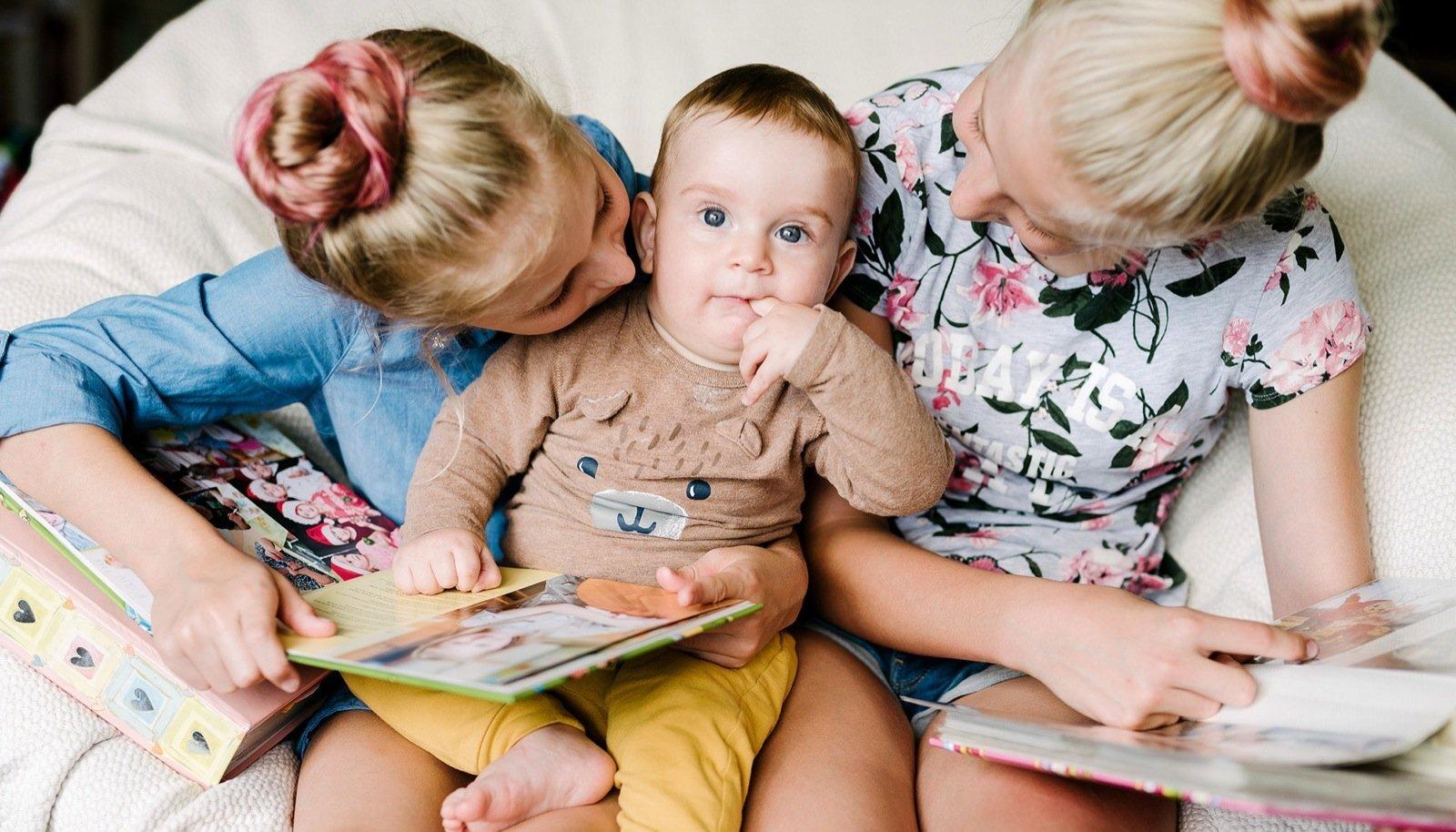Fotograaf Kadri on Miranda-Mariet (10), Dorist (9) ja Kauri (8 k) pildile püüdes isegi kimbatuses mõtisklenud: kui palju pilte on piisav?