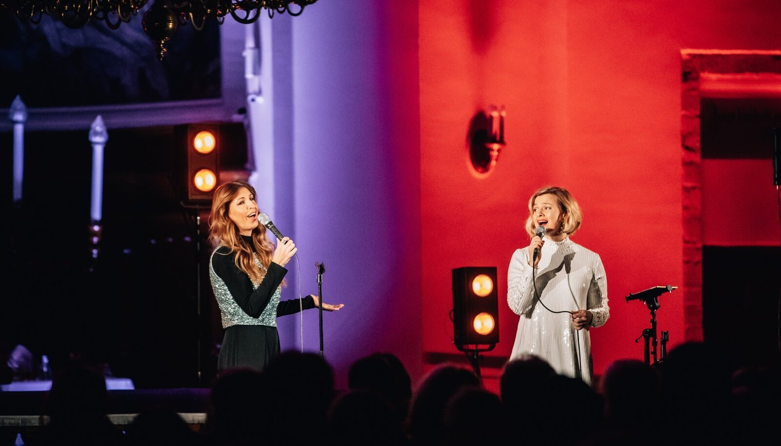 Maarja-Hanna-Liina ja Noorkuu minituuri viimane jõulukontsert