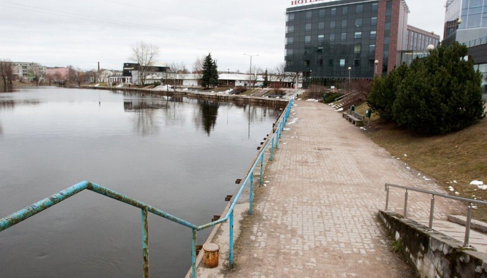 Emajõe veetase 27. märts 2012