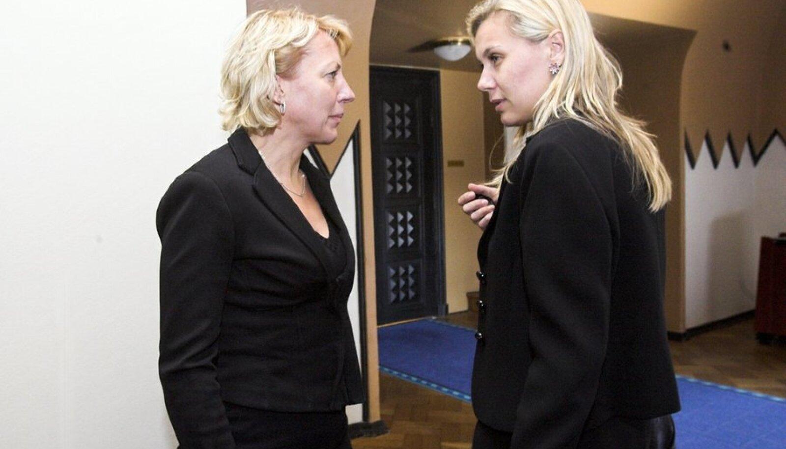 Vilja Savisaar-Toomast ja Kadri Simson