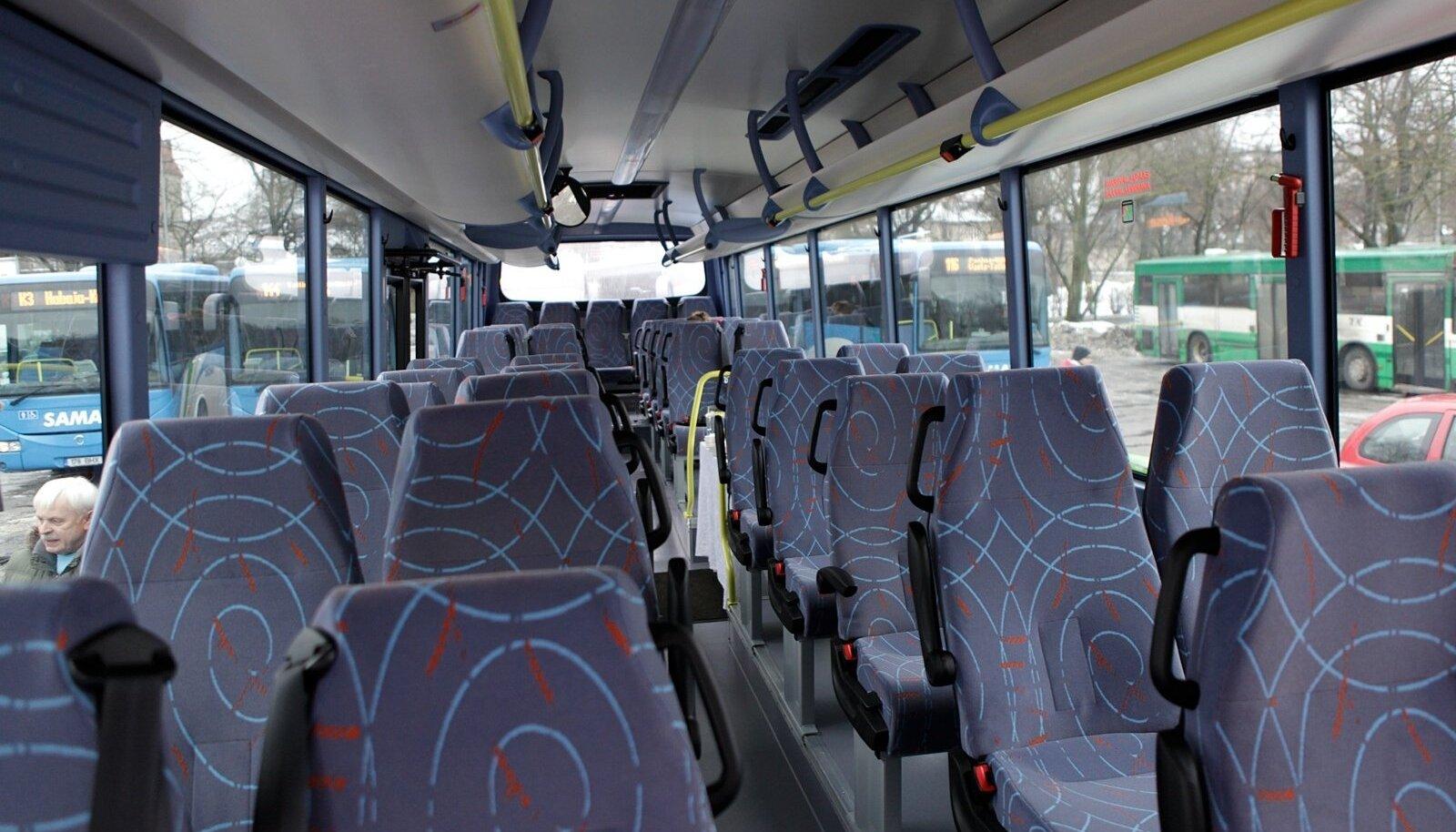Maakonnaliini buss