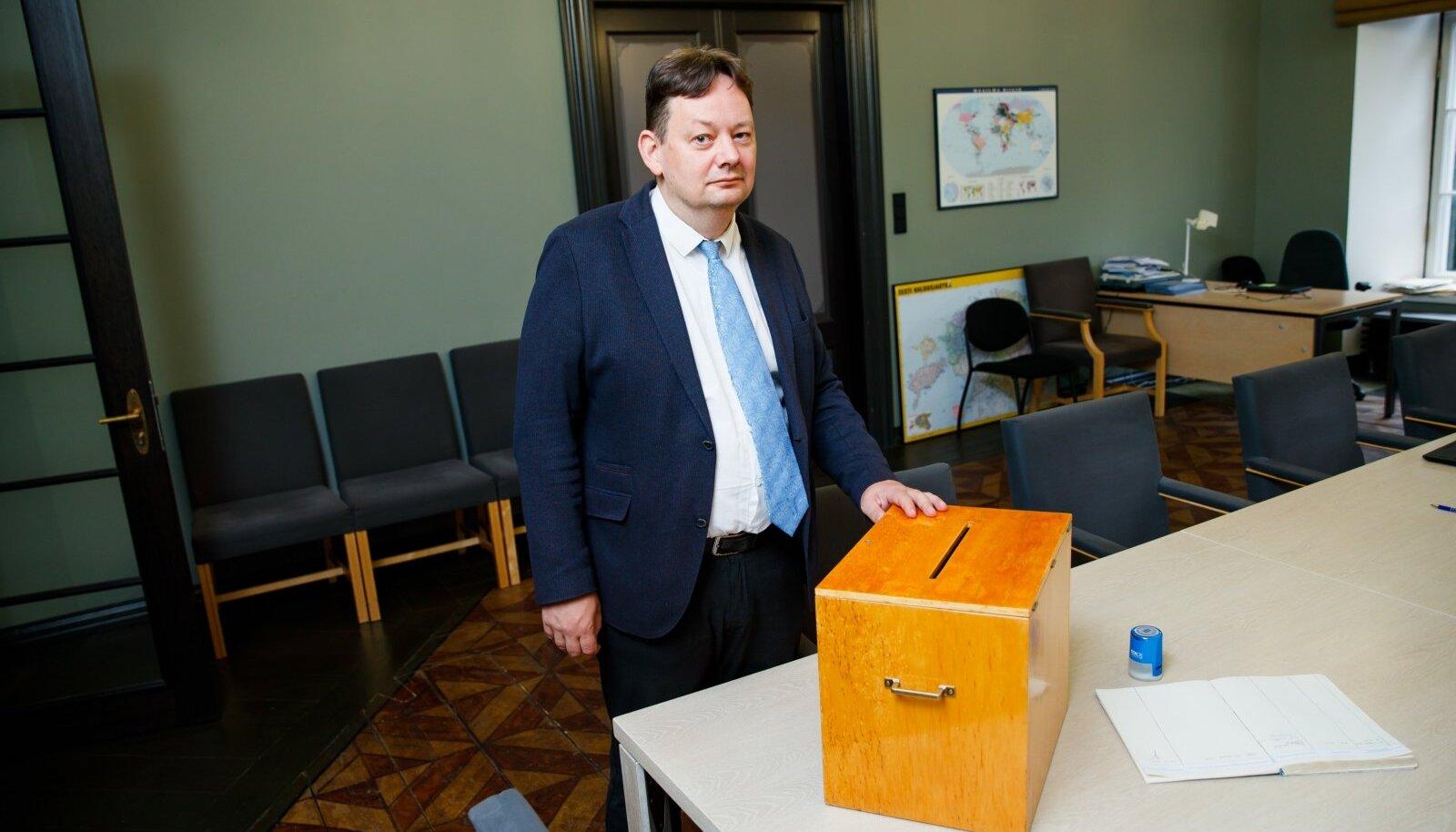 Riigi valimisteenistuse juht Arne Koitmäe.