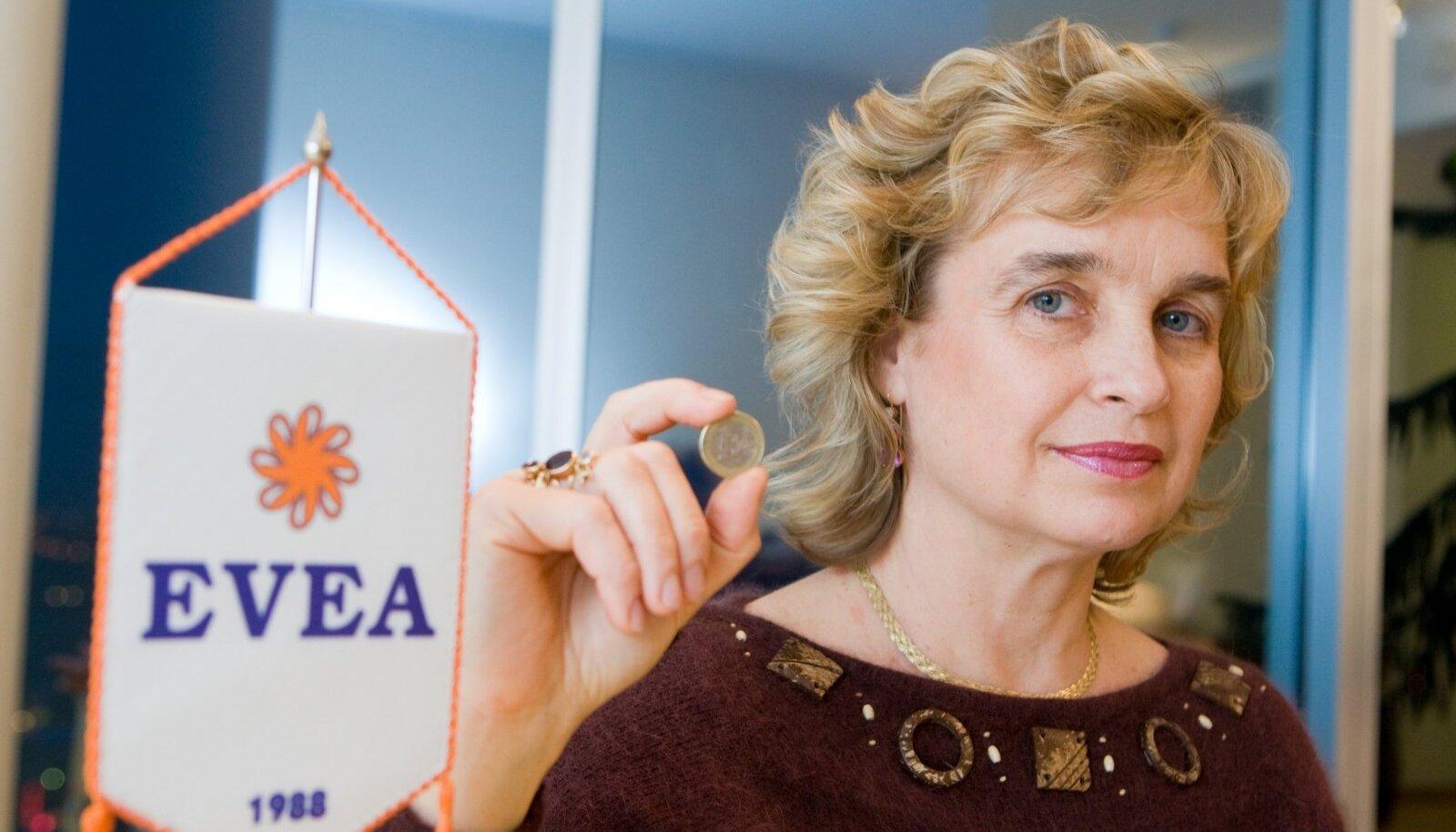 EVEA asepresident Marina Kaas leiab, et KredExi meetmed on endiselt nagu suurte aukudega sõel.