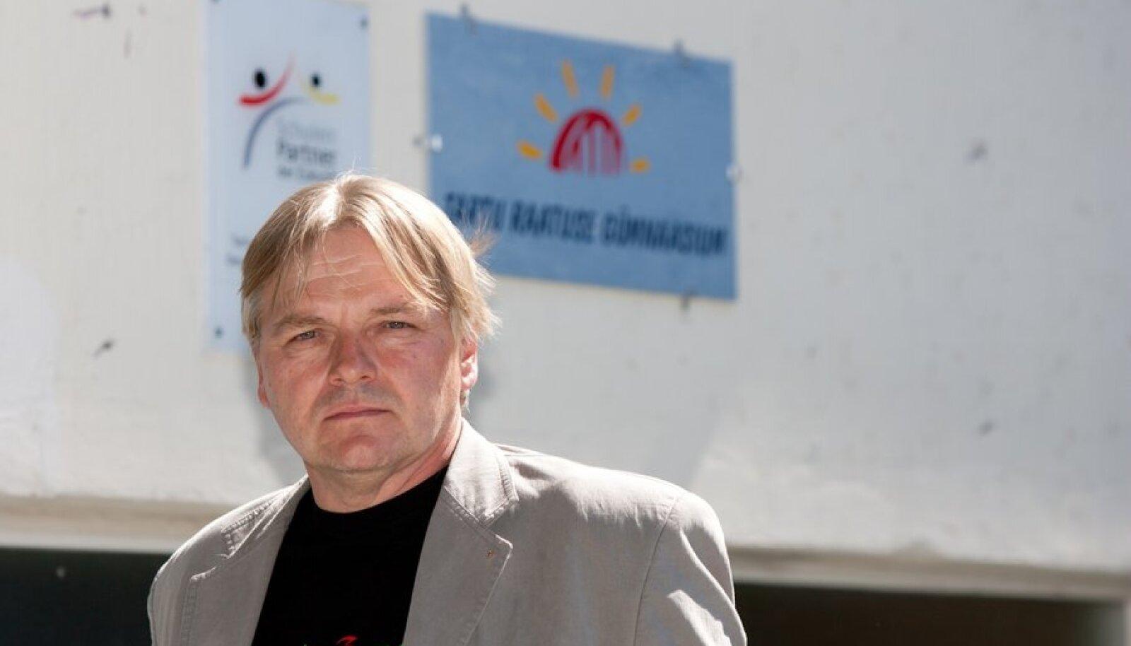 Raatuse gümnaasiumi direktor Toomas Kink
