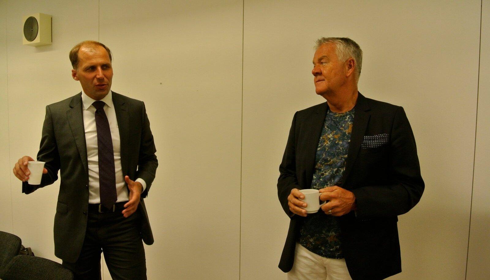 Vahur Roosaar (vasakul) ja Peter Hunt.