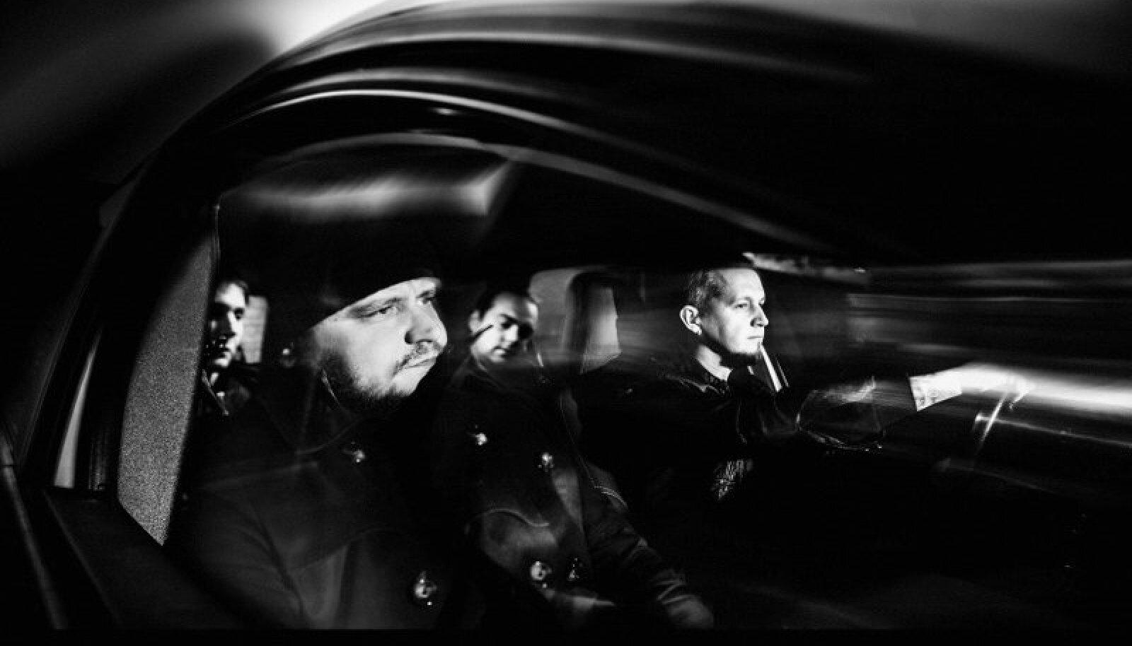 DND: (Vasakult) kitarrist EddieDarko, laulja-kitarrist Andreas Sepp, trummar Raido Kits ja bassimees Rainer Rob Sirel.