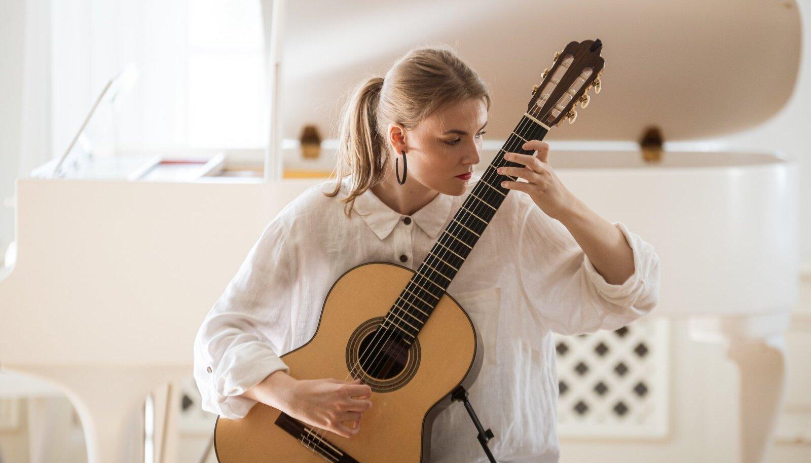 Klassikatähed Haapslu Tšaikovski festivalil Uuemõisa mõisas