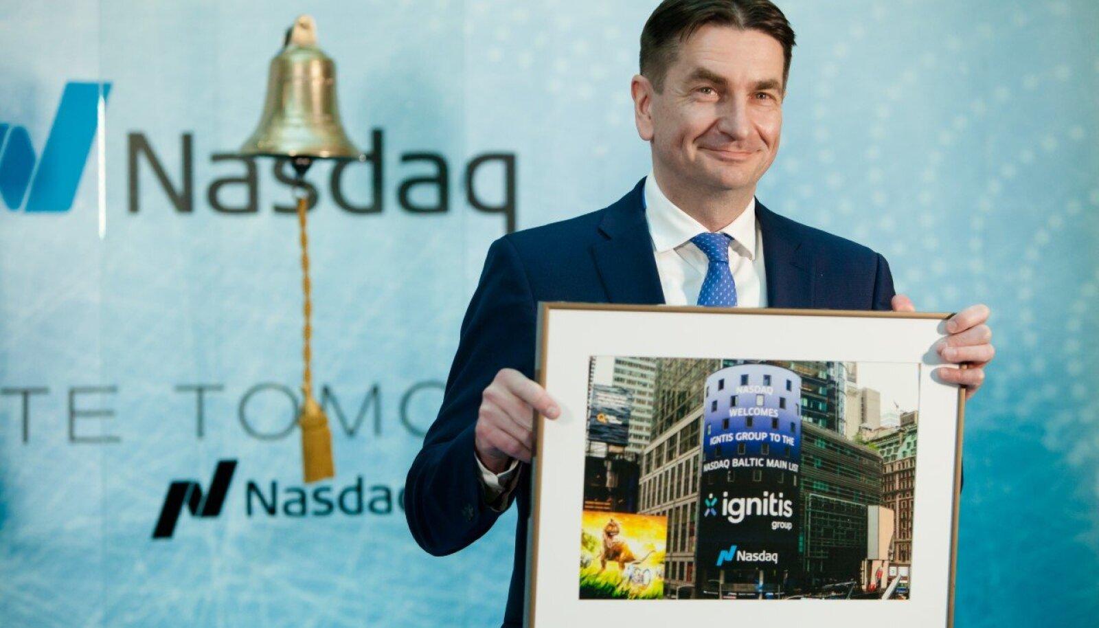 Ignitise juht Darius Maikštėnas börsikella helistamise tseremoonial