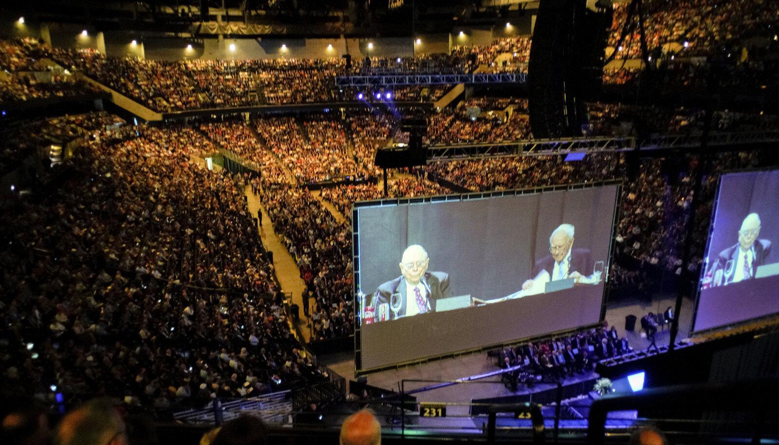 Berkshire Hathaway läinud aasta aktsionäride üldkoosolek läks täissaalile