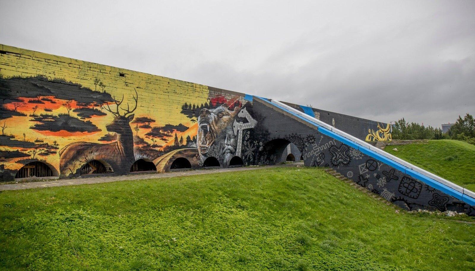Linnahalli seintele maalitu