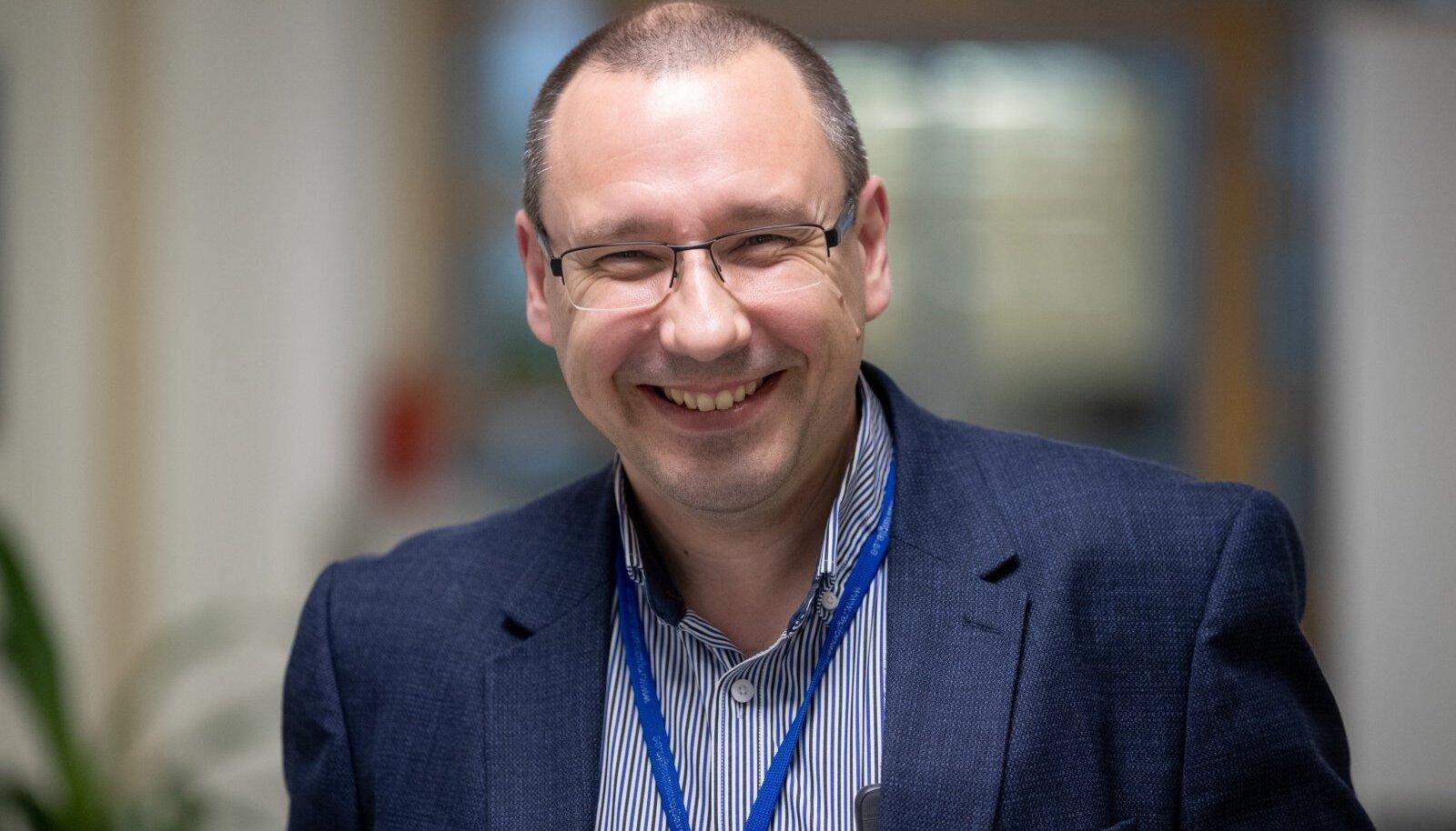 Аркадий Попов - главный доктор страны