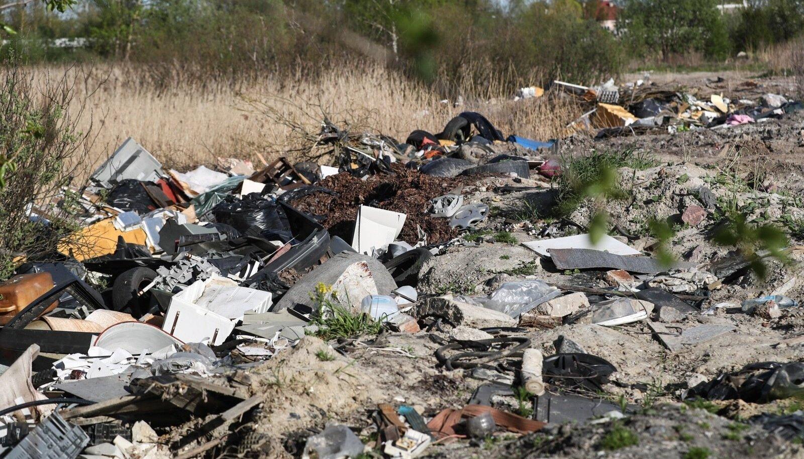 Keskkonnahoiuks ei piisa üksnes prügi sorteerimisest ja selle maha viskamata jätmisest, vaid eelkõige tuleb vähendada tarbimist.