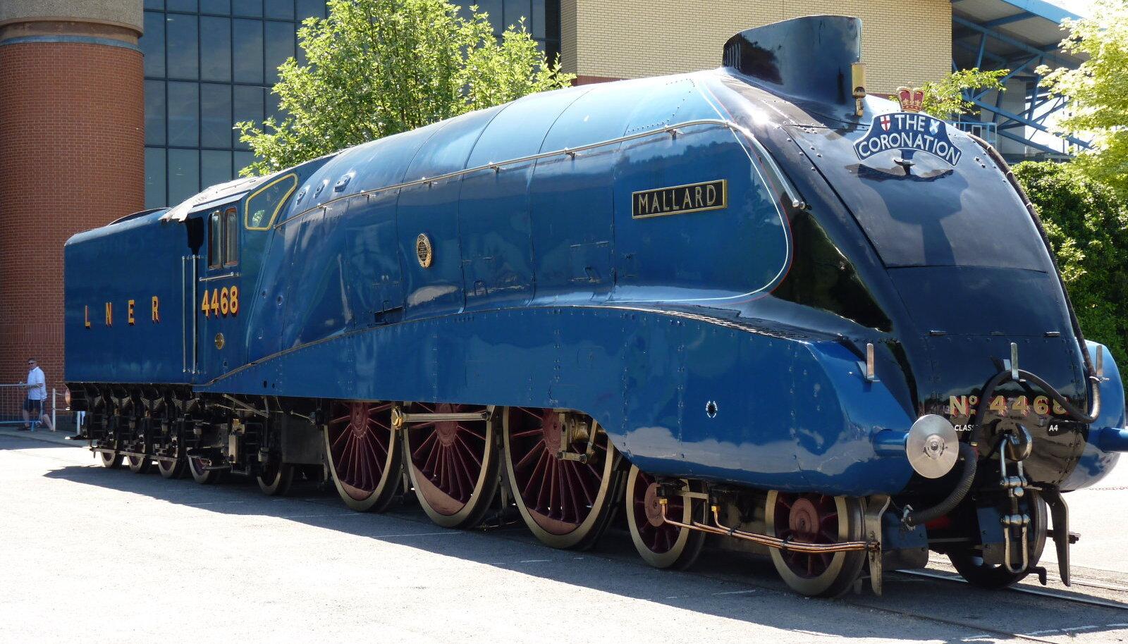 Mallard seisab praegu uhkelt Yorkis, Ühendkuningriigi Riiklikus Raudteemuuseumis