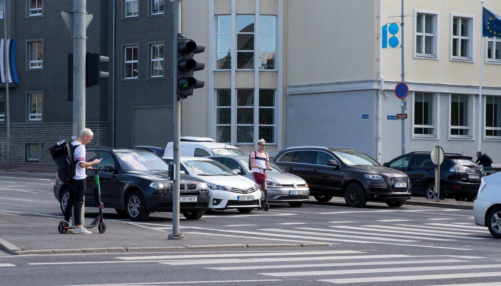 Elektritõukerattaid on liikluses üha enam (pilt on illustratiivne).