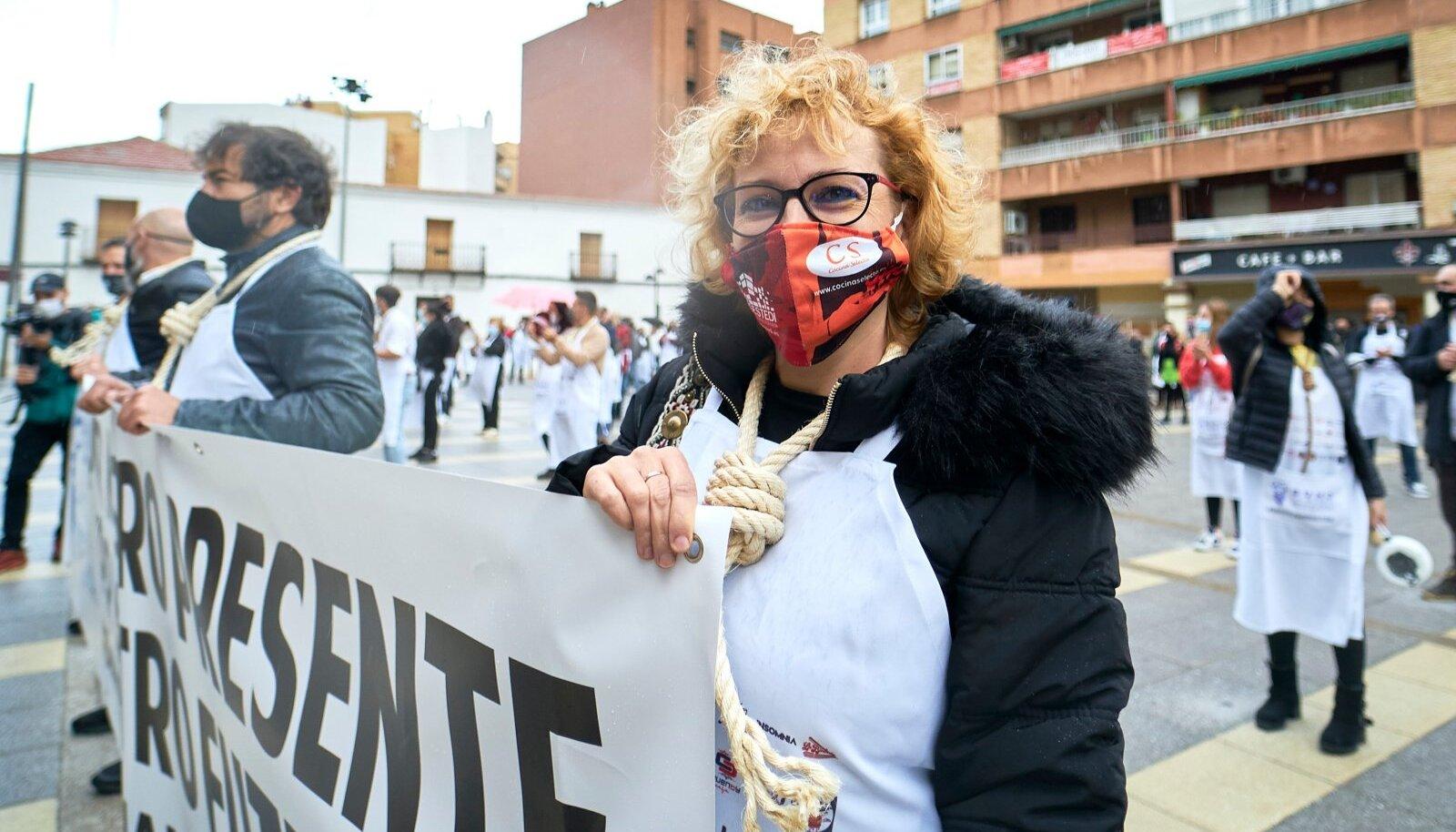 Hispaania turismisektori töötajad protestisid neljapäeval Madridi tänavatel.