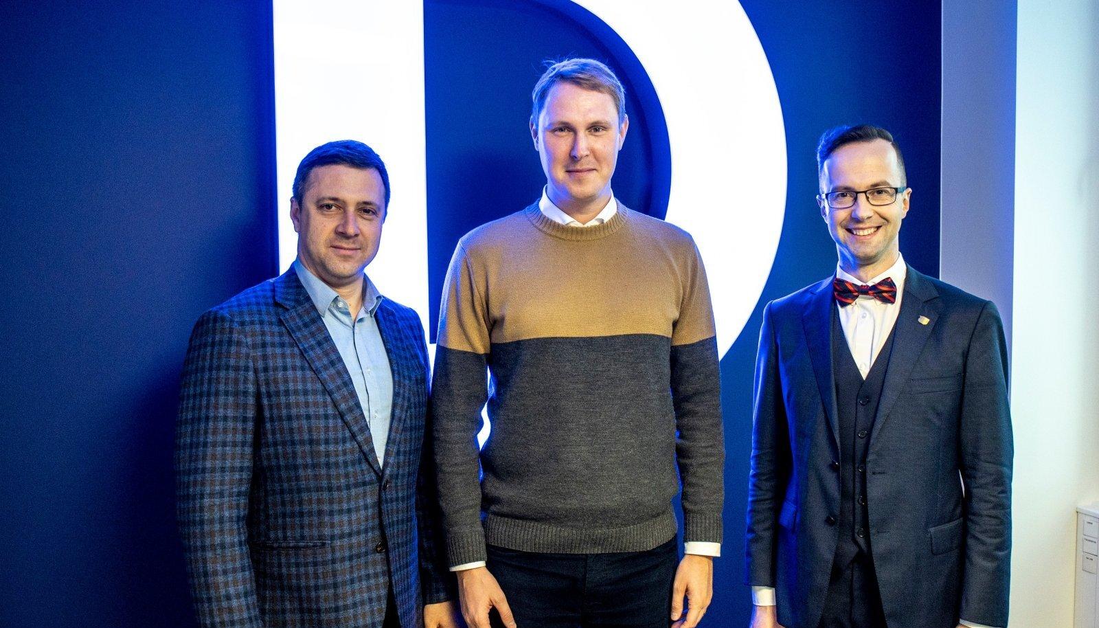 Вадим Белобровцев, Раймонд Кальюлайд и Евгений Криштафович в студии RusDelfi.