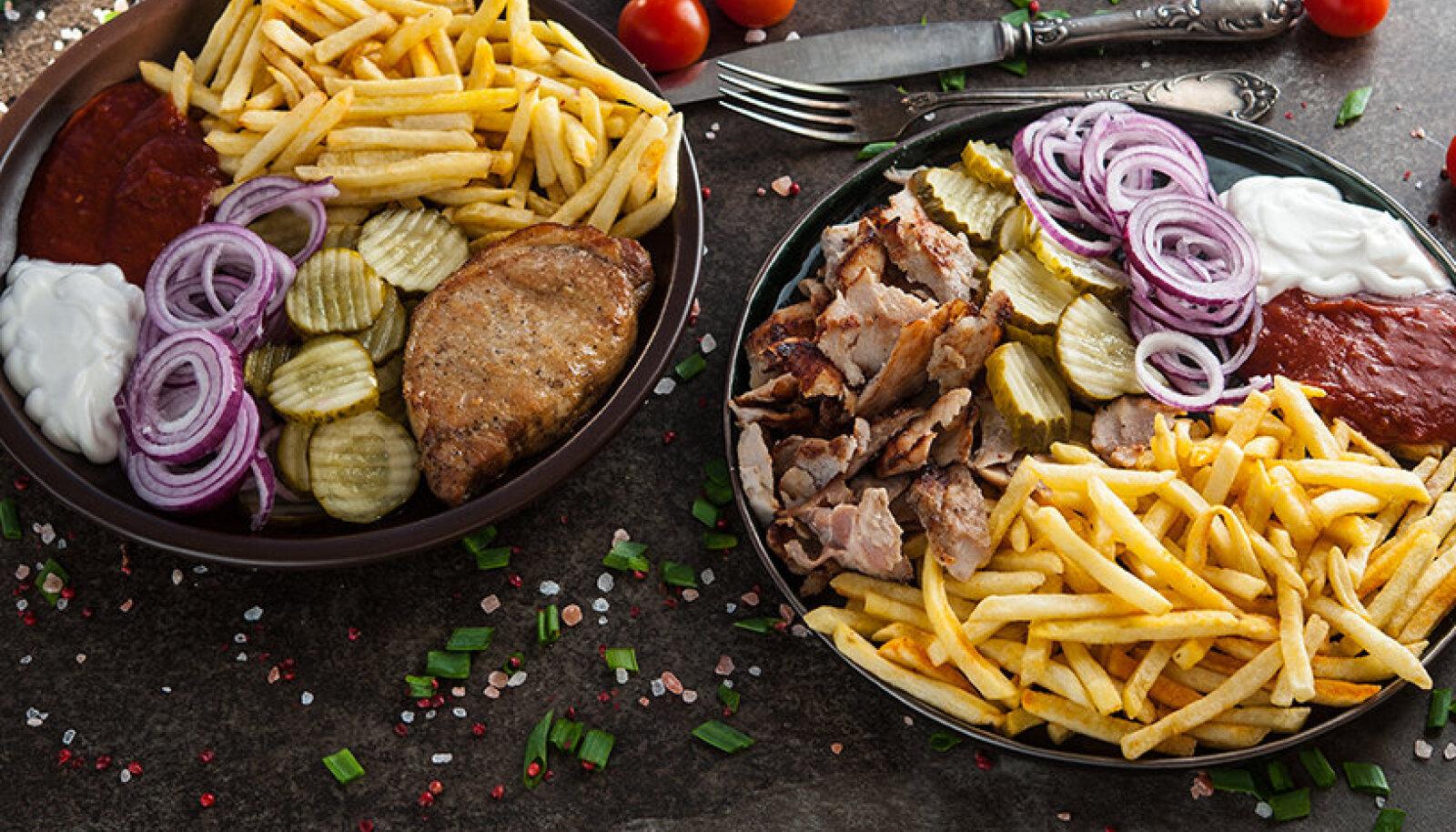 King Kebabis on võimalik pearoogi tellida kolmes suuruses, mis tähendab, et isegi kõige näljasemad saavad söönuks ning ühe roa saab tellida ka kahe peale.