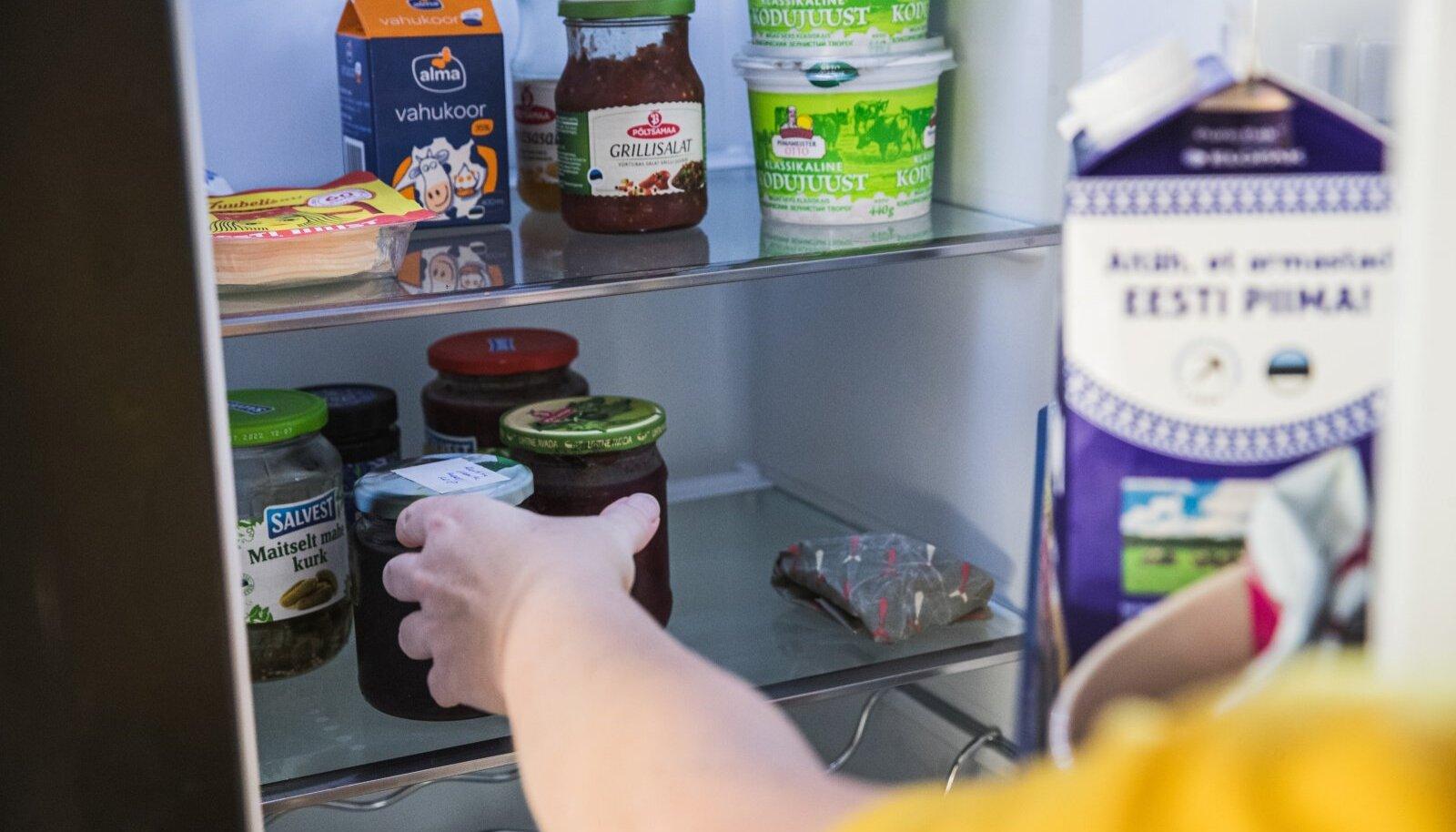Toidujagamiskapis saab olema ka külmik, kus hoida madalamat temperatuuri nõudvat kraami.