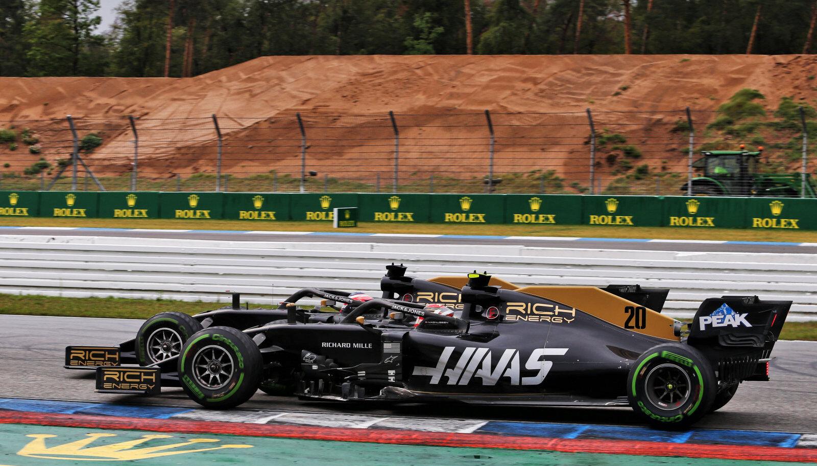 Kevin Magnussen ja Romain Grosjean Hockenheimi ringrajal.