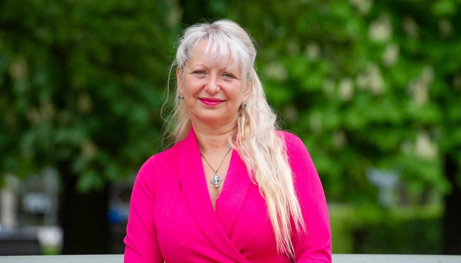 KAITSEB NAISI: Jurist Maarika Pähklemäe keeldub vägivallat-sejaga ühes seltskonnas viibimast.