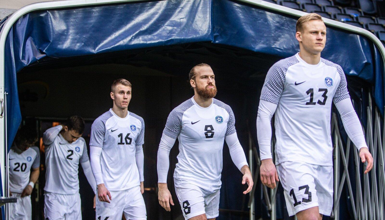 Eesti jalgpallikoondis kaotas Rootsile