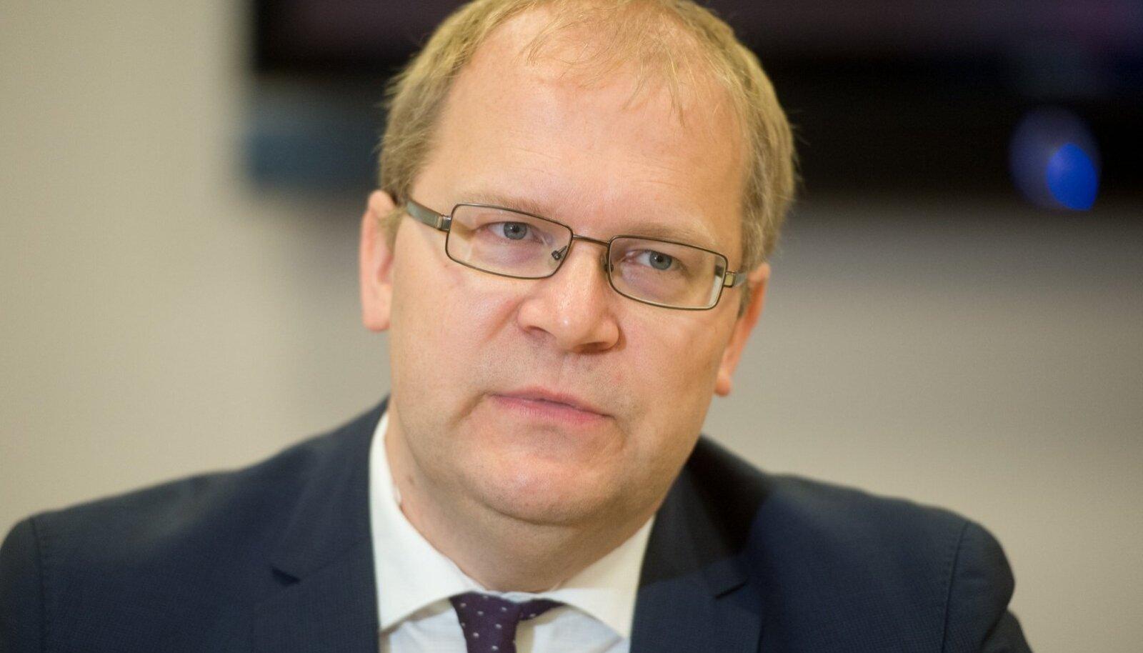 Kui Urmas Paetist saaks taas välisminister ja tema ministrikarjäär mingil põhjusel jälle katkeks, poleks tal võimalik enam pääseda ei europarlamenti ega riigikokku.