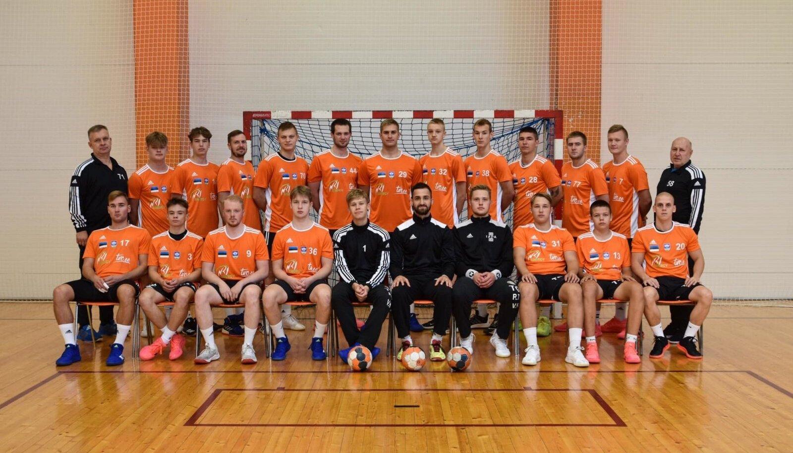 SK Tapa meeskond hooajal 2021/2022.