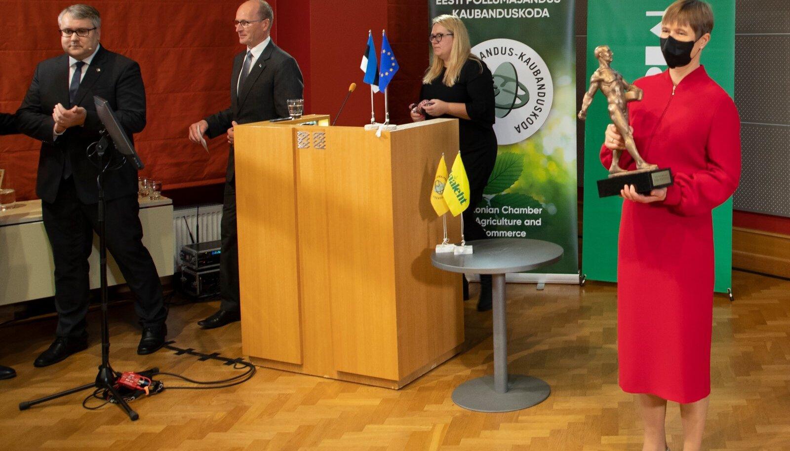 Aasta Põllumees 2020 konverents, Aasta Põllumees 2020 väljakuulutamine,  EV president Kersti Kaljulaid, Roomet Sõrmus, Raul Rosenberg
