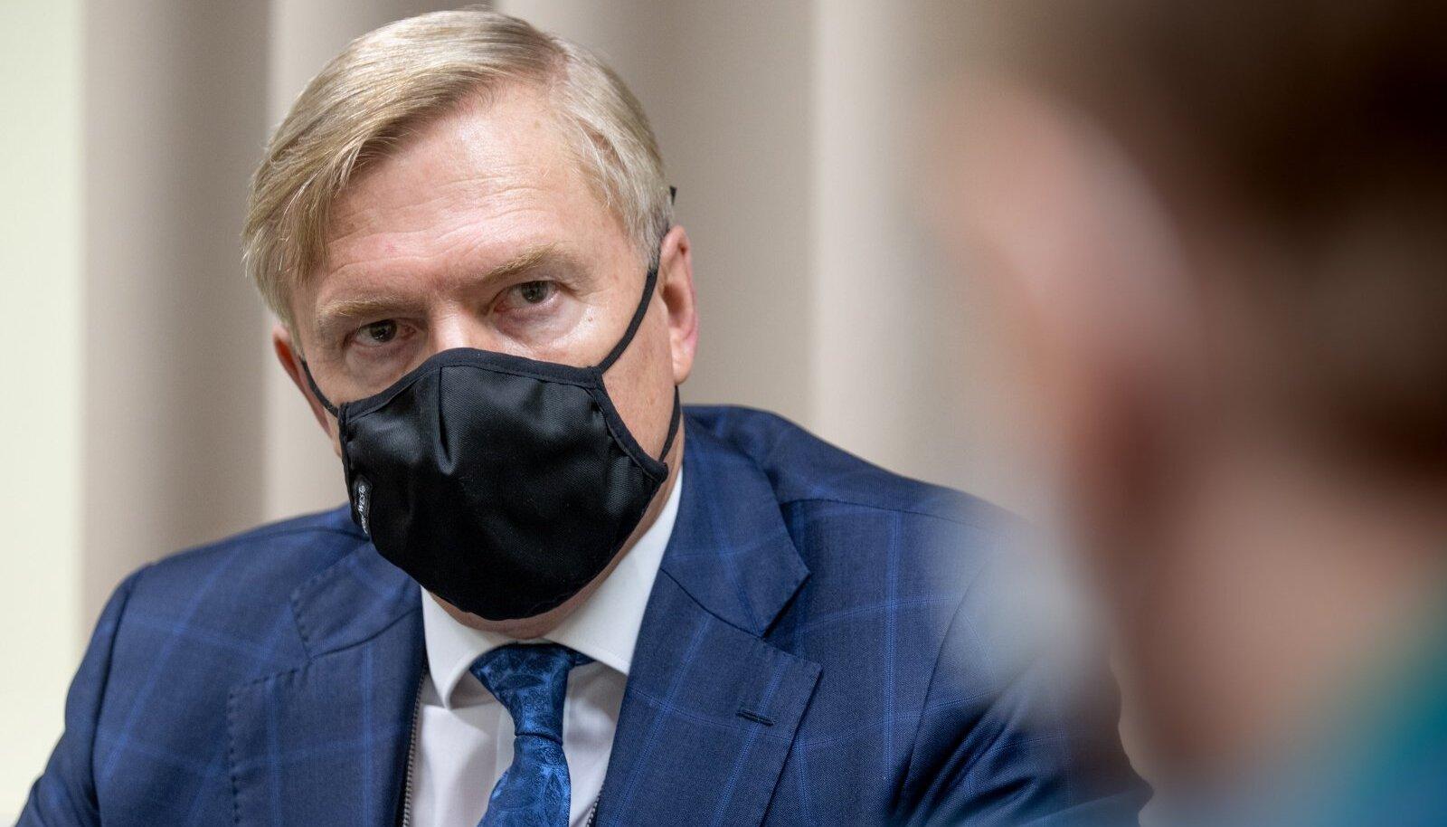 Kaitseminister Kalle Laanet.